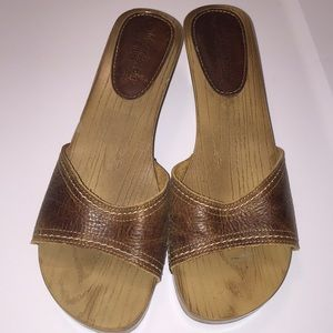 Montego Bay Club Shoes - Montego Bay Club Leather collection sliders size 7